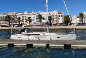 Jeanneau 509 yacht delivery